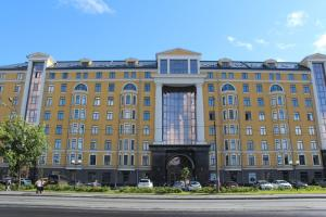 Apartments on Nab Obvodnogo Kanala