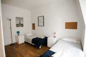 One-Bedroom Apartment Rue des Volontaires
