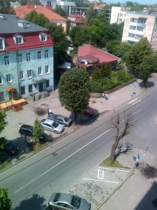 Apartments on Leonova 16