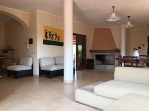 The lounge or bar area at Casa Alberto