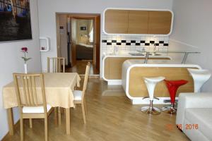 Atpūtas telpa vai bārs naktsmītnē Apartment Old Town Riga River View