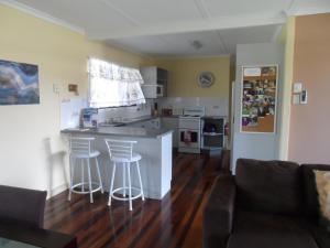A kitchen or kitchenette at Boneanza