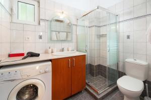 A bathroom at Konstantinos Apartment