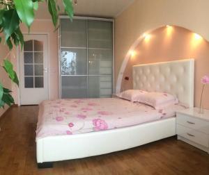 Apartment Epronovskaya Street 25