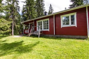 Jardín al aire libre en LomaPerkkiö Cottages