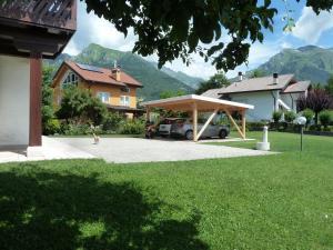 Patio o area all'aperto di I borghi della Schiara - Borgo Talvena