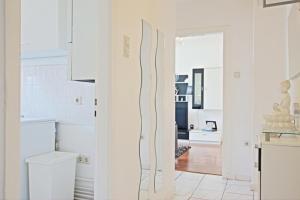 Private Apartment Pfarrstrasse (4593)