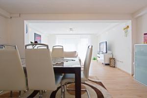 Private Apartment Nenndorfer Platz (4472)