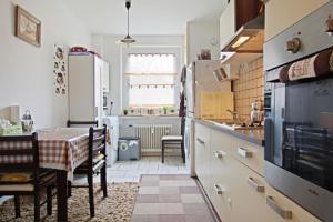 Private Apartment Pfarrstrasse (5253)