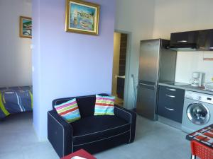 A seating area at Appartement Jara
