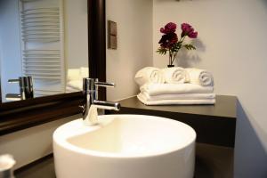 A bathroom at Leuhusen Boutique Apartments