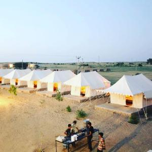 Dunes desert safari and camp