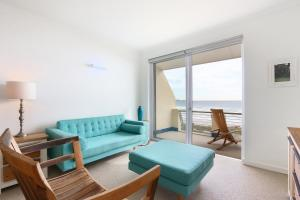 Leisure Bay 319