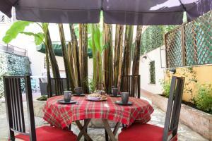 ALMES Garden Apartment