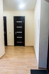 Телевизор и/или развлекательный центр в Apartments on Oktyabrskiy prospekt 157