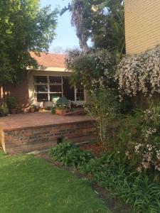 Sandton Garden Home