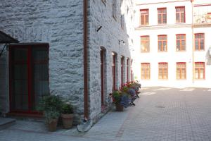 Corner of Kotzebue apartments