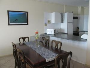 Point Village Accommodation - Ocean Two 35