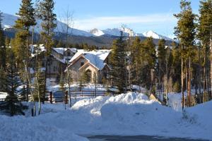 Los Pinos by Ski Village Resorts during the winter
