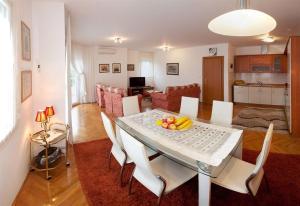 Apartment Ivica