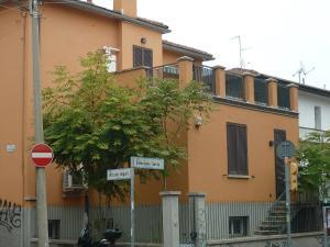 瑟里奧24號公寓 (Serlio 24)