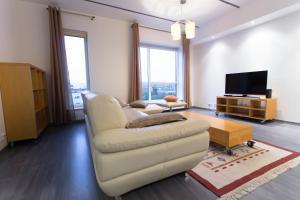 Apple Apartments - Maakri tower