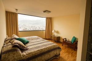 Apartment in Quito 1 near Floresta