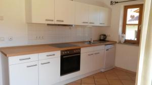 Küche/Küchenzeile in der Unterkunft Ferienwohnung mit Bergblick