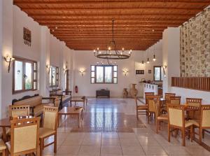 Εστιατόριο ή άλλο μέρος για φαγητό στο Lindos Athena