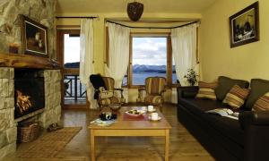 Lirolay Suites