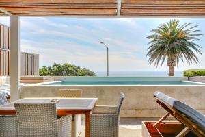 Beach View Luxury Apartment