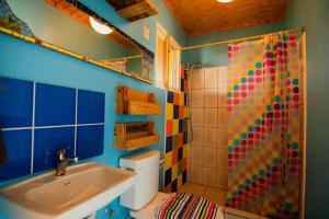 A bathroom at Hopi Cadushi Studio