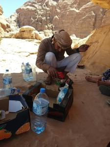 (Wadi Rum Rocks Camp)