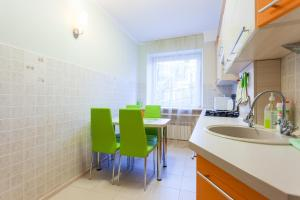 Apartment with a view on Pobeda Square
