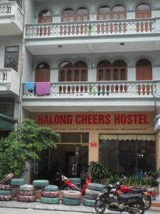 Halong Cheers Hostel