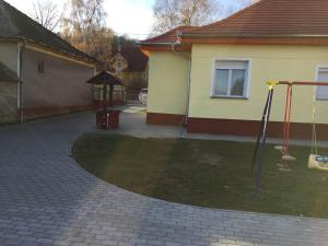 A porch or other outdoor area at Amarilisz Vendégház