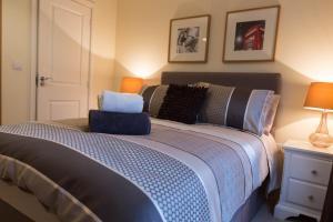 Seek And Sleep-Wallis Square Serviced Apartments