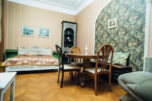 Apartaments at Bolshoy prospekt 98