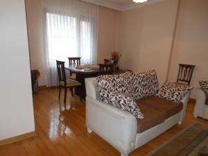 Jimmy Apartments