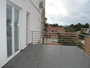 A balcony or terrace at Apartment Zadar 10