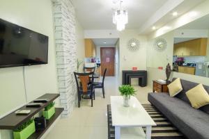 ZEN Rooms Shell Residences