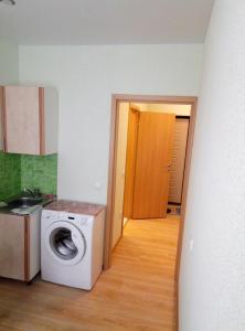 Apartment on Obukhovskoy Оborony 195