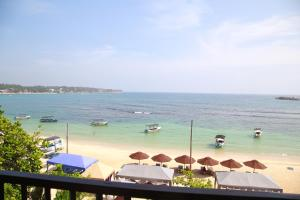 WAVE BEACH RESORT UNAWATUNA