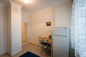 Apartment on Igorya Merlushkina st.