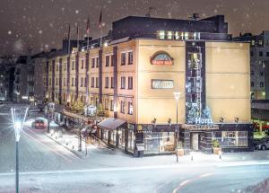 Arctic City Hotel