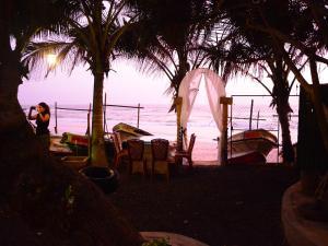Southern Beach Castle Hotel & Restaurant