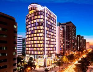 ★★★★ Novotel Suites Hanoi, Hanoi, Vietnam