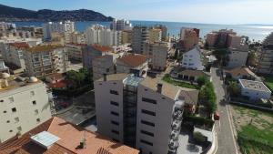 A bird's-eye view of InmoSantos Apartaments Nuria