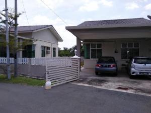 Anas Holiday Home