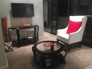 The Decks Apartment